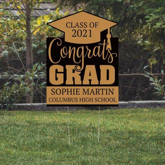 best-yard-signs-for-high-school-graduation
