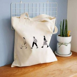 white-color-printed-tote-bags