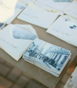 attractive-custom-postcards